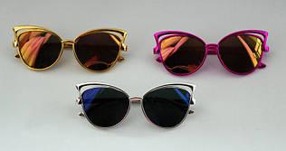 Эффектные детские солнцезащитные очки бабочка