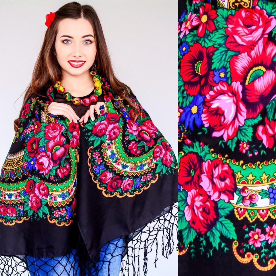 Женский украинский платок черный с цветами (125х125см)