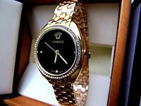 Оригинальные экстравагантные женские часы Versace. Практичный дизайн. Хорошее качество. Доступно. Код: КГ889