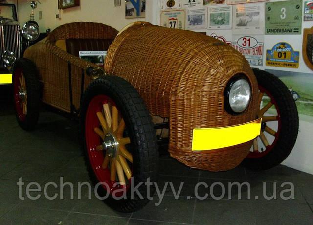 1928 год - Hanomag - первый автомобиль модели 2 10 ps korb
