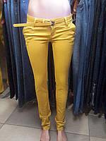 Джинсы женские желтые