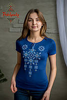 Жіноча вишита футболка Писанка голуба