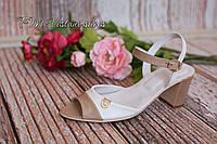 Женские стильные босоножки на каблуке от производителя