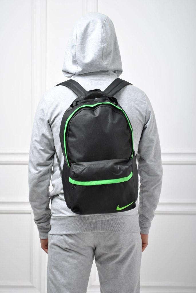 Рюкзак Nike копия черный зеленые вставки