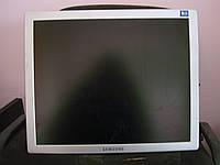 ЖК монитор б/у  samsung syncmaster 770p