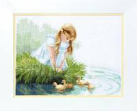 Набір для вишивання хрестом Crystal Art Дівчинка з каченятами