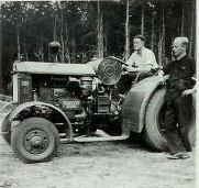Первая модель дизельного трактора Hanomag RD 36