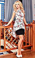 Модельное женское платье в цветы