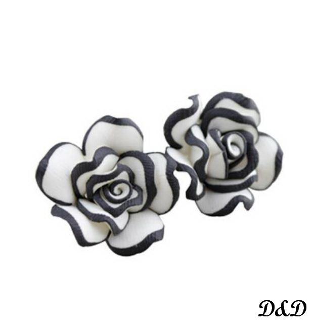 """Серьги модные """"Роза"""" бело-черная"""