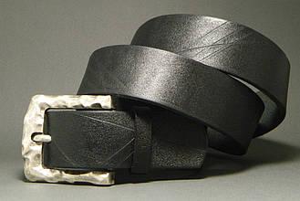 Ремень мужской кожаный под джинсы ДхШ: 129х4 см. Zubko A40101D черный