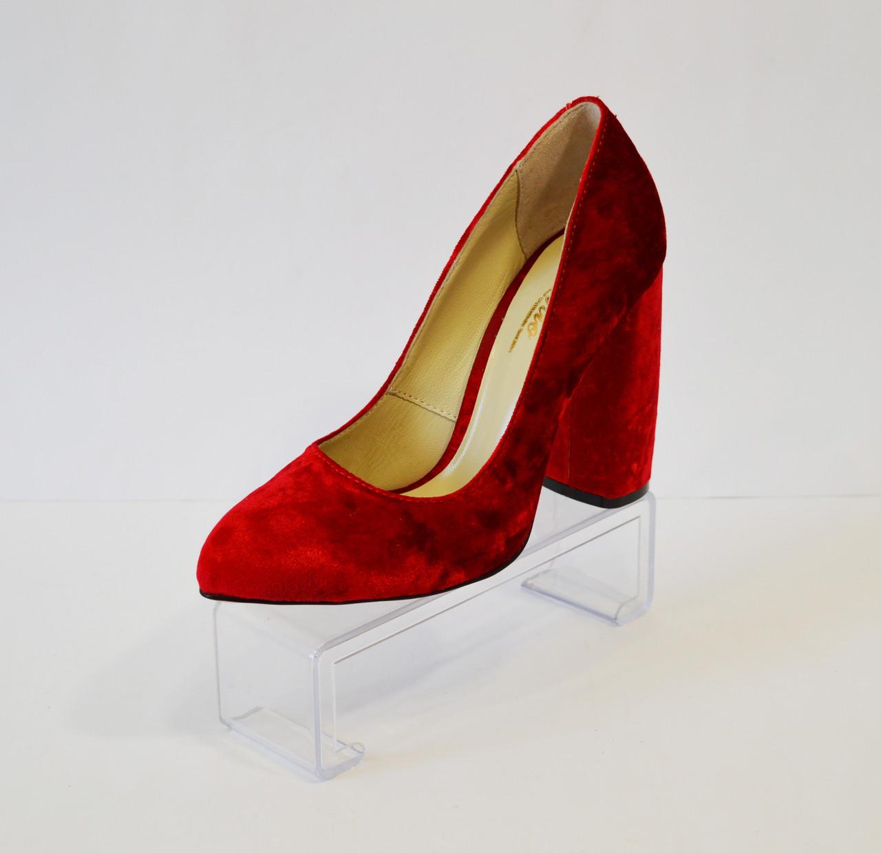 Красные бархотные туфли Lirio 64