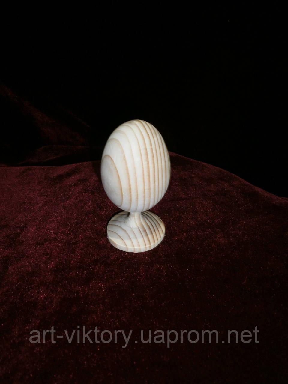 Деревянное яйцо на ножке под роспись