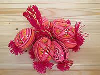 Деревянные расписные яйца (писанки) 60х45 на ниточке, ромбы опоясанные, розовые
