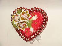 Весеннее сердце из конфет
