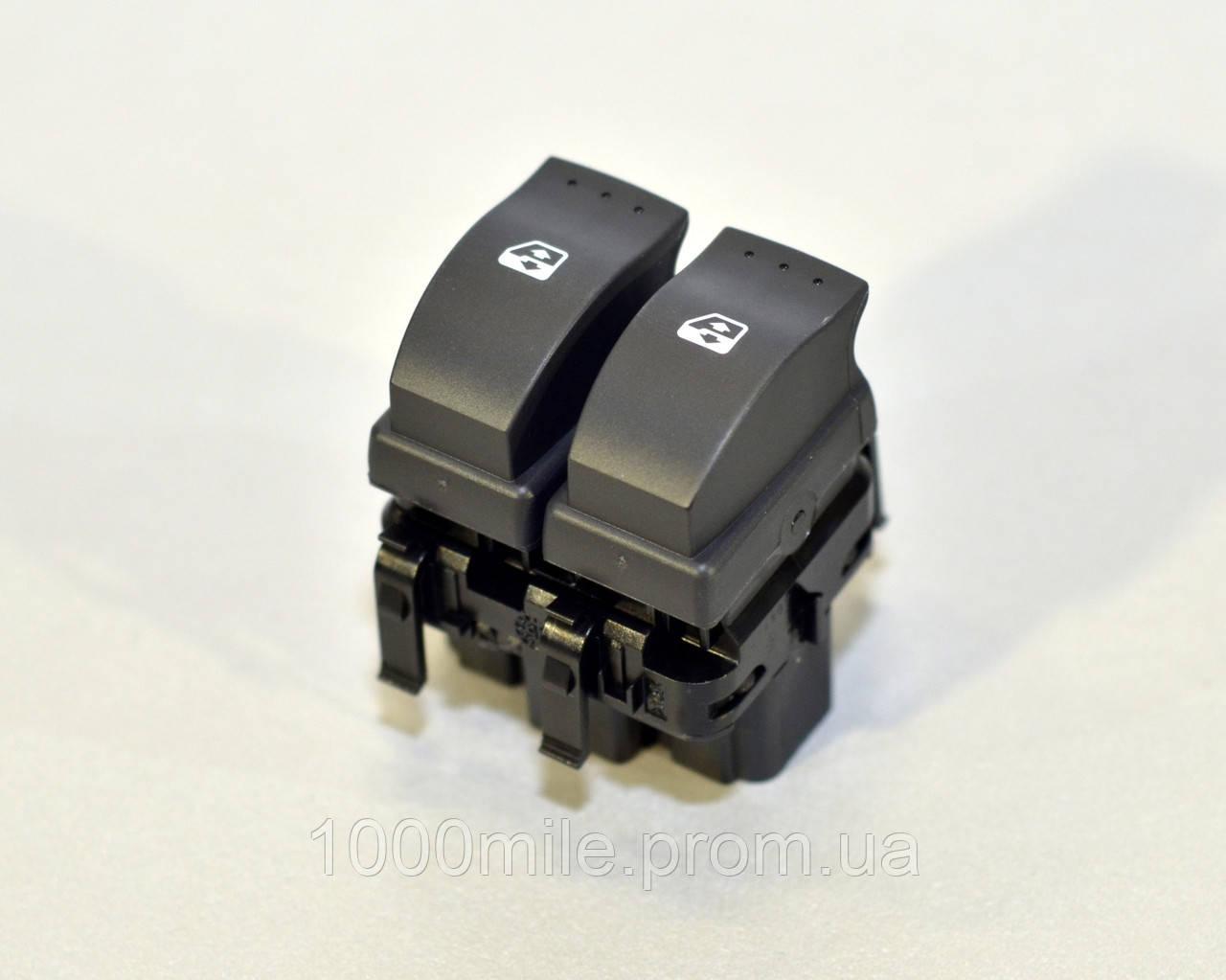 Переключатель стеклоподъемника на Renault Master III 2010-> — Renault (Оригинал) - 8200476807