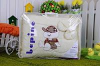 """Постельный набор в детскую кроватку """"Bepino"""" вышивка Мишка в кепке"""