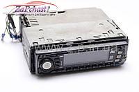 Автомагнитола CD JVC KD-SX909R  со встроенным усилителем выходной мощностью 4 х 40 Вт.