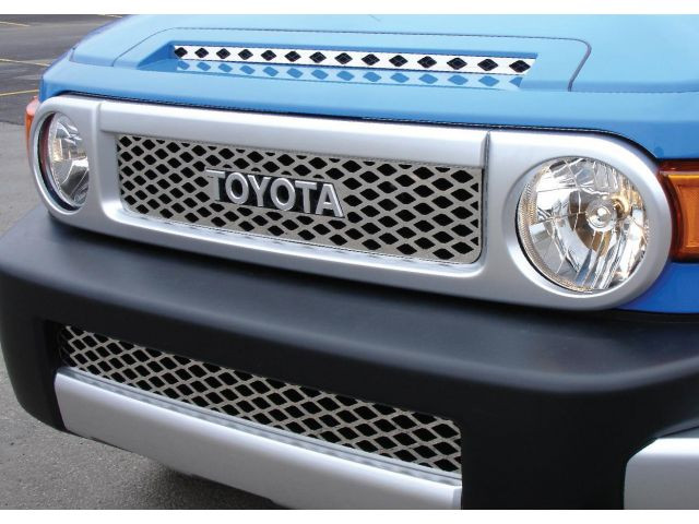 Решетка радиатора + решетка в бампер Toyota FJ Cruiser - AEROKLAS Ukraine в Киеве