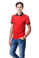 Мужская футболка поло красного цвета с воротником.