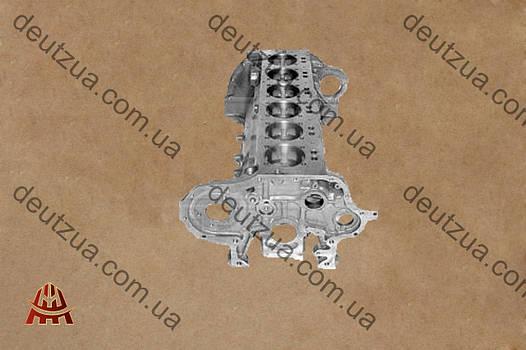 Блок цилиндров Deutz 04158915