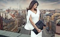 Важный аксессуар образа – сумка, кошелек, клатч