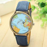 Женские наручные часы с самолетом и картой мира