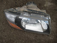 Фара правая Мицубиси Паджеро Mitsubishi Pajero