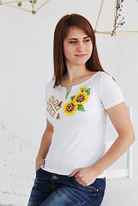 Жіноча вишита футболка поєднання А-18