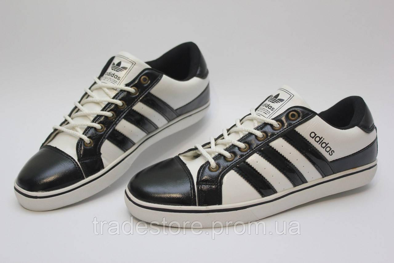 Классичечкие кроссовки Adidas