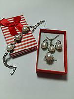 Набор с жемчугом серьги - кулон с цепочкой - браслет - кольцо 16.5р с родиевым покрытием