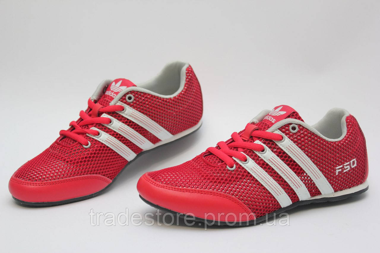 Летние кроссовки Adidas красные