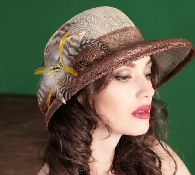 Женская шляпа  на лето из натуральной соломки синамей