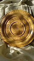 Тарелка декоративная резная деревянная