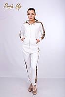 Прогулочный костюм молочный на молнии с пайетками Lato