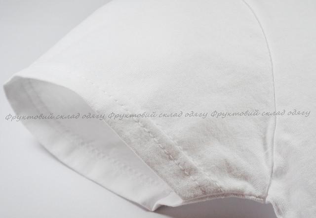 Белая мягкая женская футболка