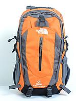 Рюкзак туристический The North Face на 40 л - оранжевый