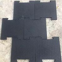 Резиновая плитка Ласточкин хвост для тренажерного зала