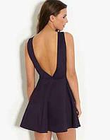 Черное платье с открытой спинкой H&M