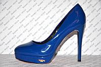 Туфли женские стильные на шпильке синего цвета