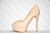 Туфли женские стильные на высоком каблуке бежевые