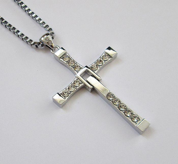 Крест Доминика Торетто с Форсажа (7,5*4,4см) с цепочкой
