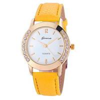 Наручные часы Geneva с камешками с двох сторон желтые