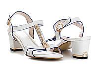 Женские классические босоножки на каблуке белые нарядные 36-41 р