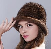 Меховая женская шапка колокол из вязанной норки по спирали с цветами