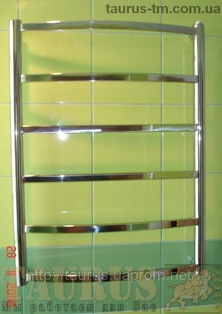 Низкий полотенцесушитель Elite 6/ 650х450 мм из нержавеющей стали с тонкой прямоугольной перемычкой. Электро