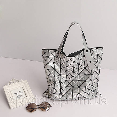 d7ab8507cd95 Стильная сумка шоппер Вао Вао ISSEY MIYAKE ( оригинал) Сумка-тоут