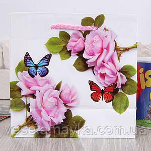 Подарочный пакет для чашки (Нарисованные розы)