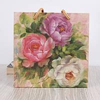 Подарочный пакет для чашки (винтажные цветы)