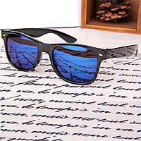Популярные солнцезащитные очки Wayfarer с зеркальным покрытием синего цвета