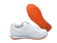Женские кроссовки Reebok белые